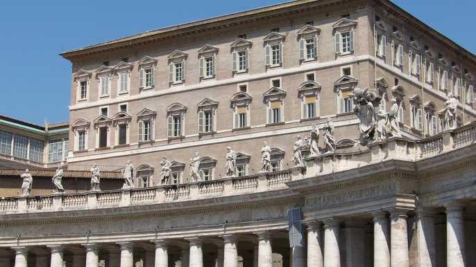 バチカン宮殿、ローマ – チケット&ツアーの予約 | GetYourGuide.jp
