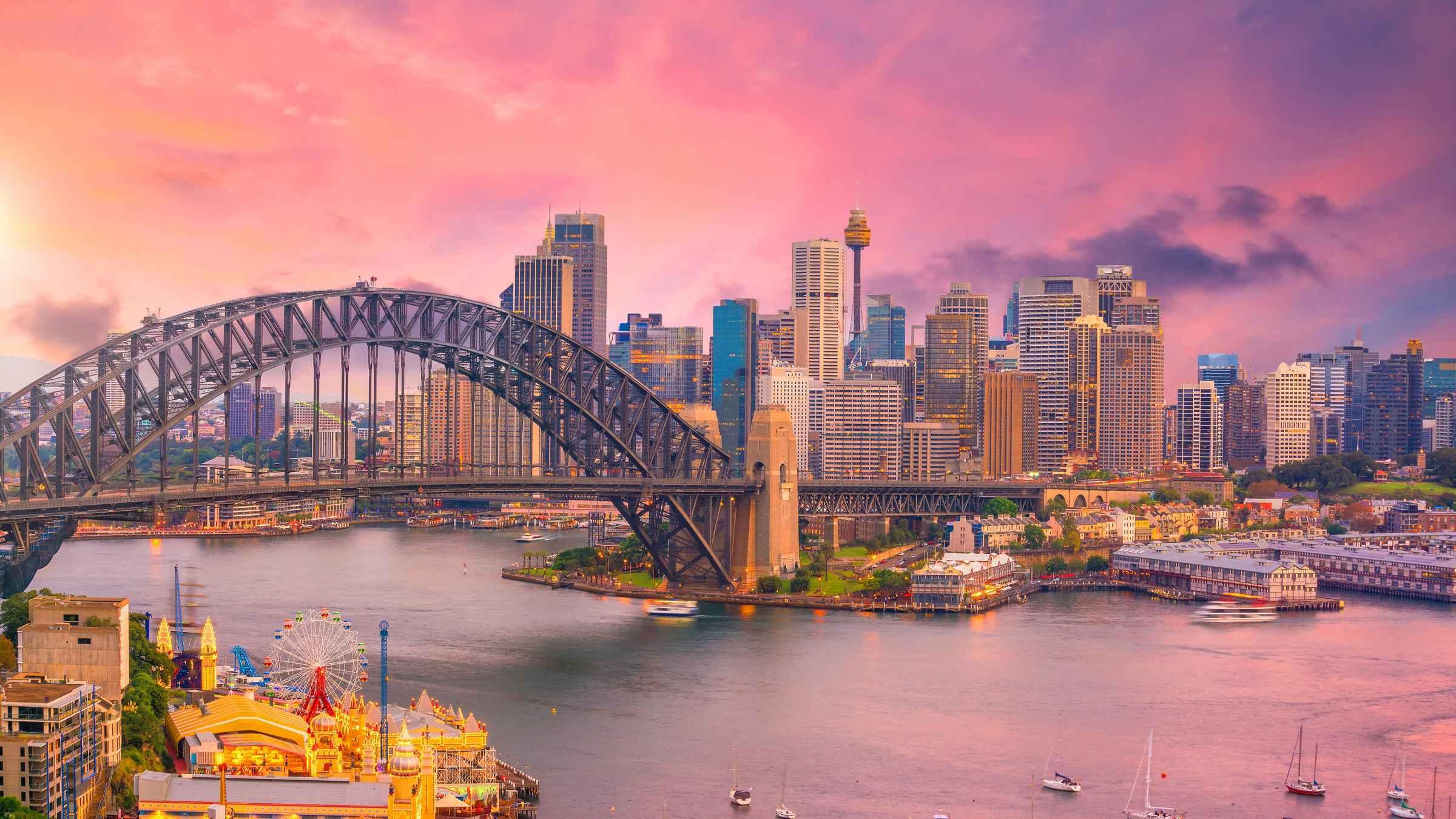 Sydney Harbour: Day, Night, or Express BridgeClimb