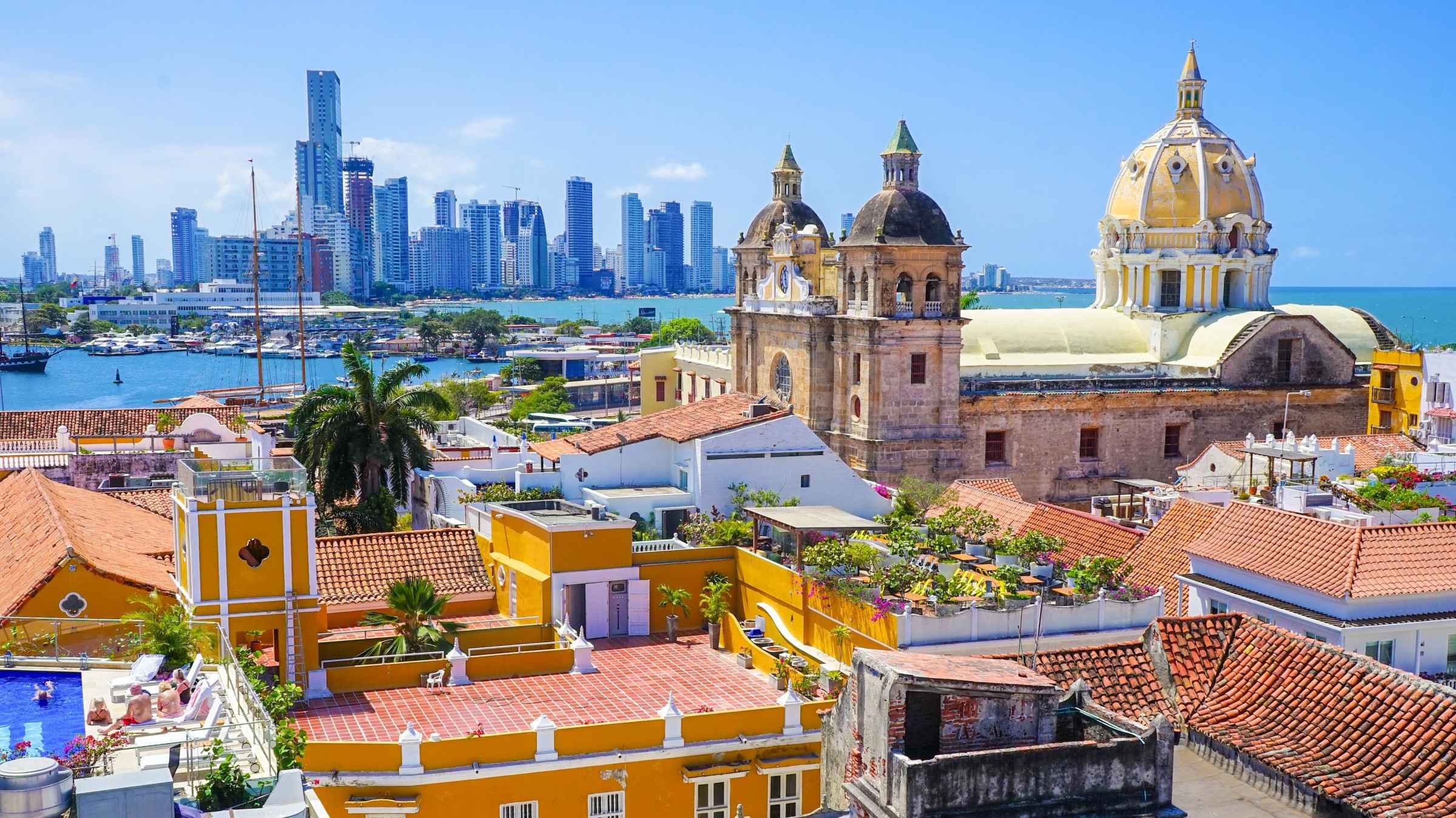 Cartagena, Colombia Airport Transfers - Bus & Van Transport in Colombia 2021 | GetYourGuide