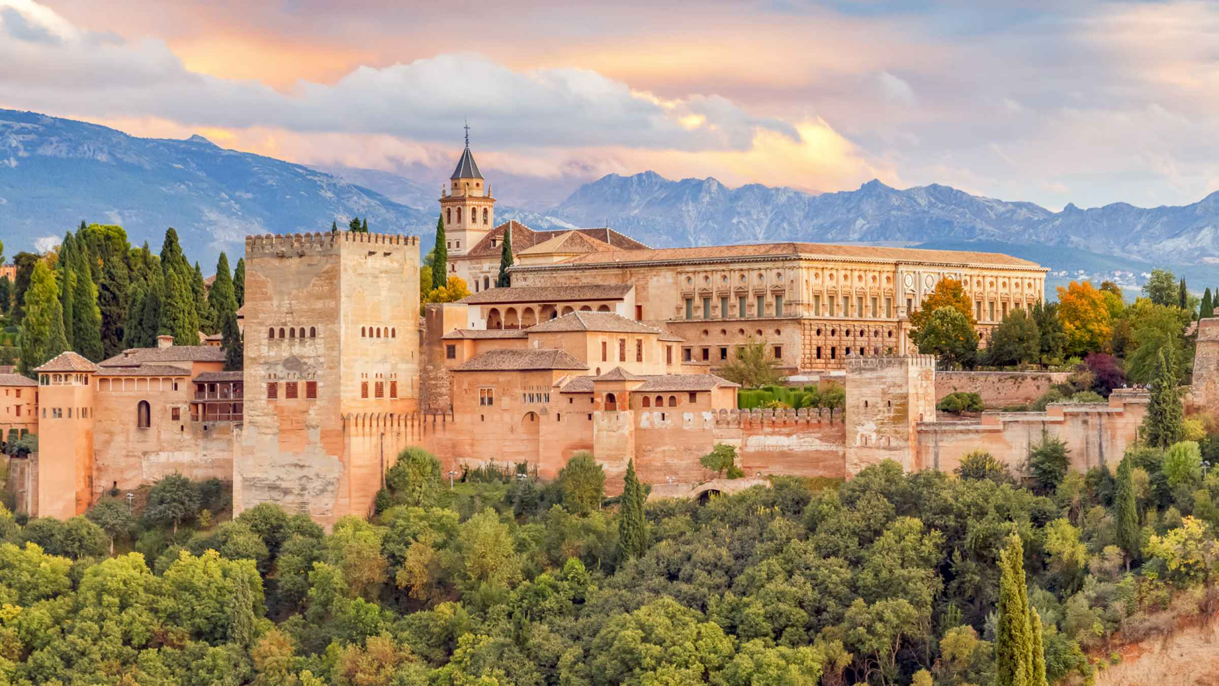 Alhambra & Generalife: Skip-the-Line Guided Tour