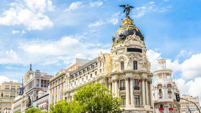 Madrid: Half-Day Electric Bike City and Parks Tour