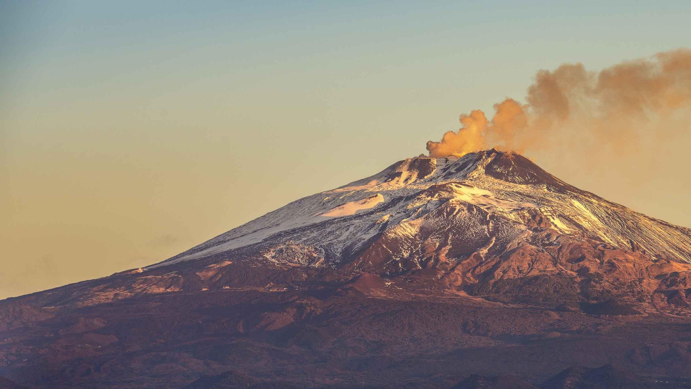 Monte Etna Passeios de bonde | GetYourGuide