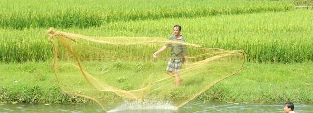 Fishing and Farming: 3-Day Trip to Mai Chau from Hanoi