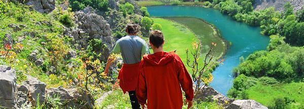 Trekking Krupa Canyon