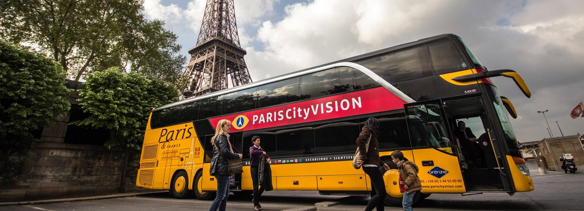 Paris: Audio-Guided Bus Tour & Cruise, Eiffel Tower & Lunch