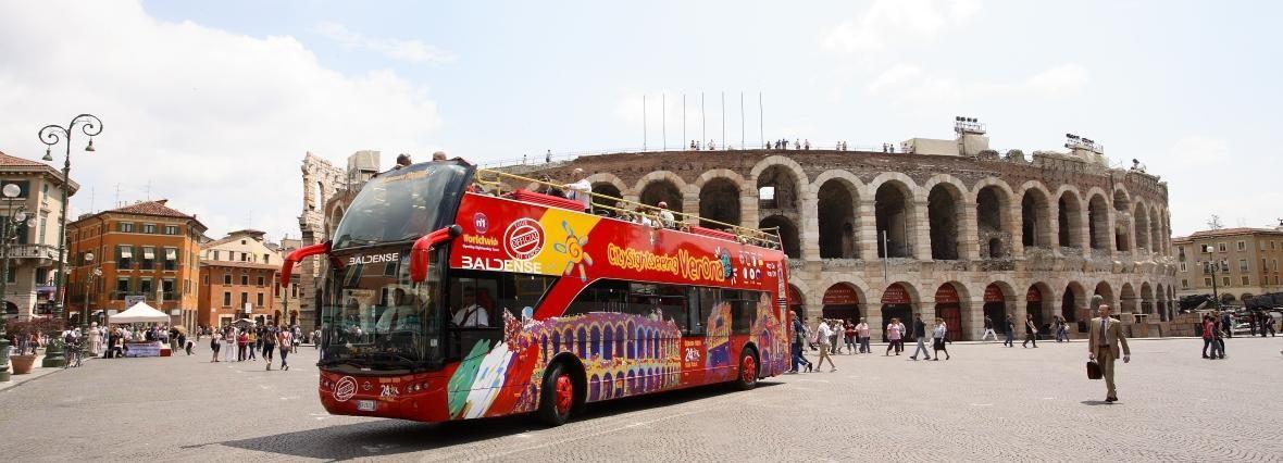 Verona: hop on, hop off-tour met 24- of 48-uurs ticket