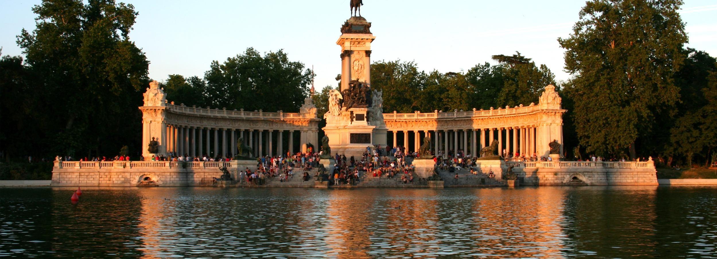 Private City Tour Madrid mit Fahrer und Guide
