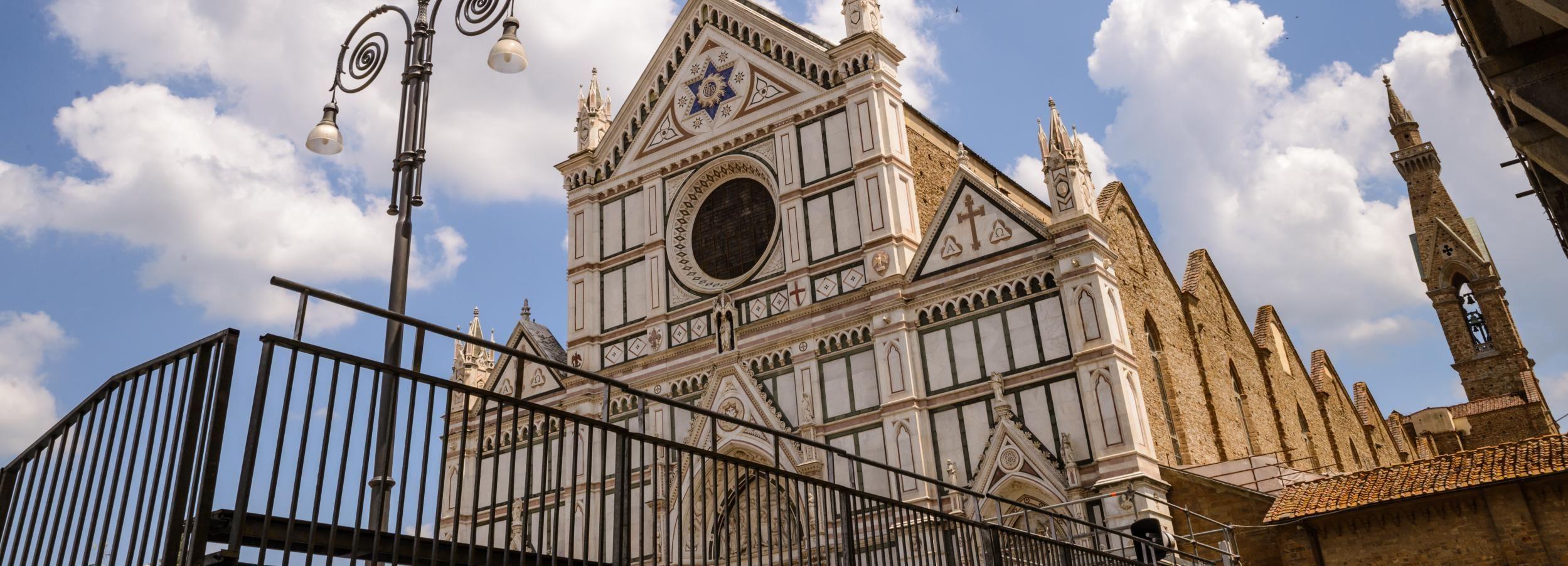 Florença: entrada e visita guiada a Santa Croce