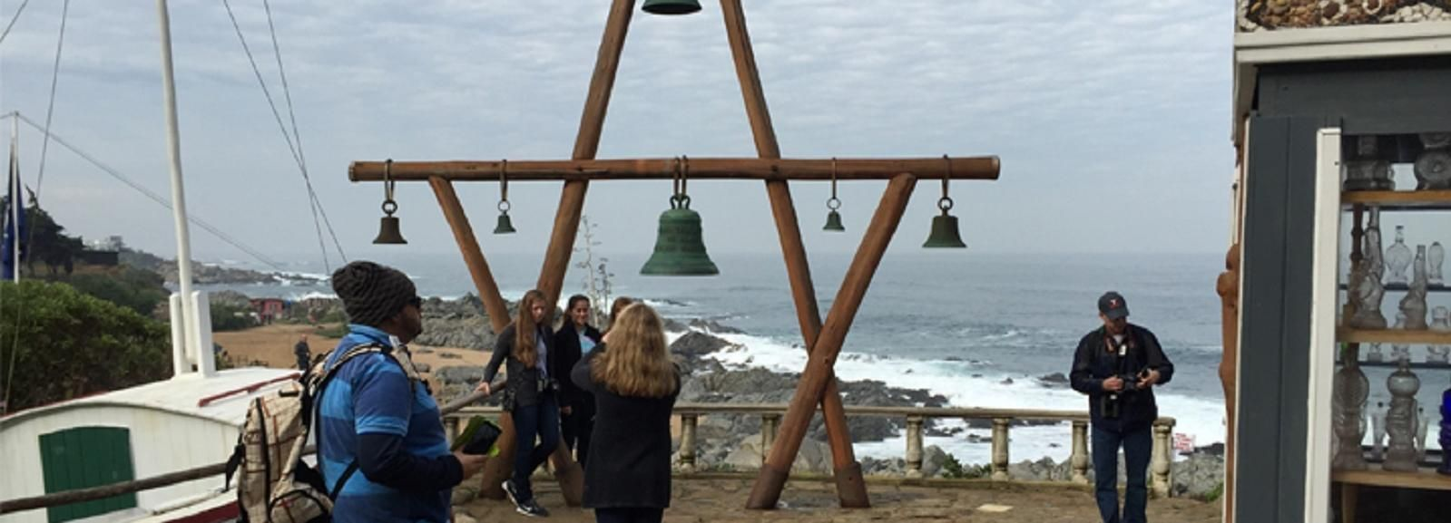 Private Tour of Isla Negra, San Alfonso & Pomaire