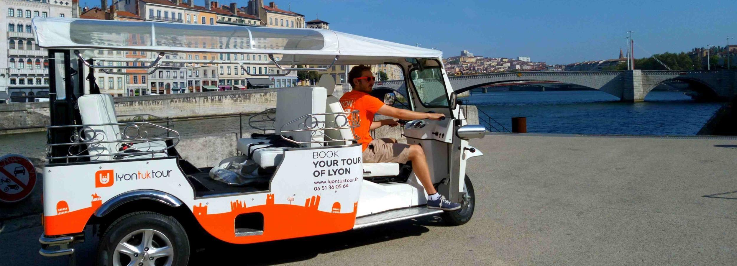 Lyon: Guided City Tour by Electric Tuk Tuk