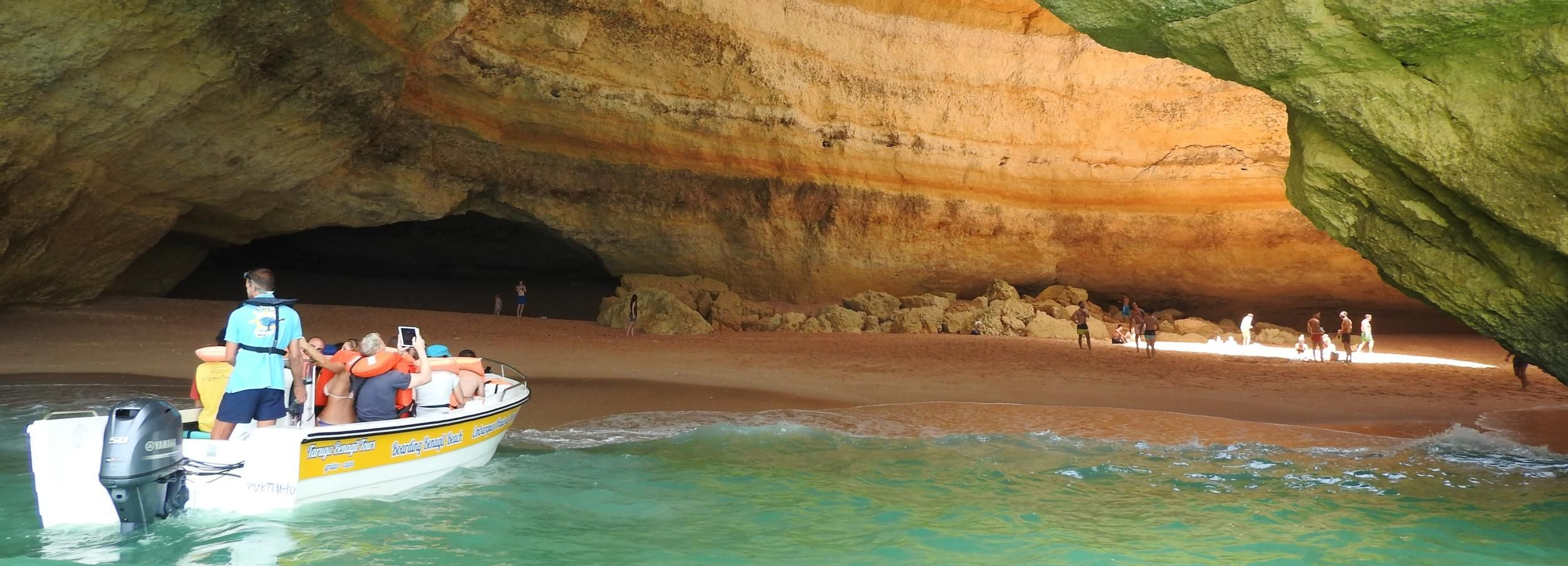 Desde Portimão: medio día en descapotable o scooter y barco