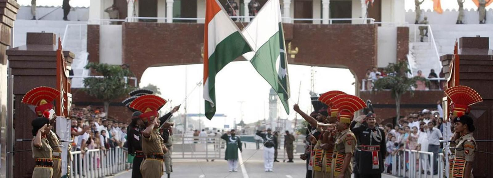 Ceremonia de retiro de golpes Indo-Pak en Wagah Border & Dinner