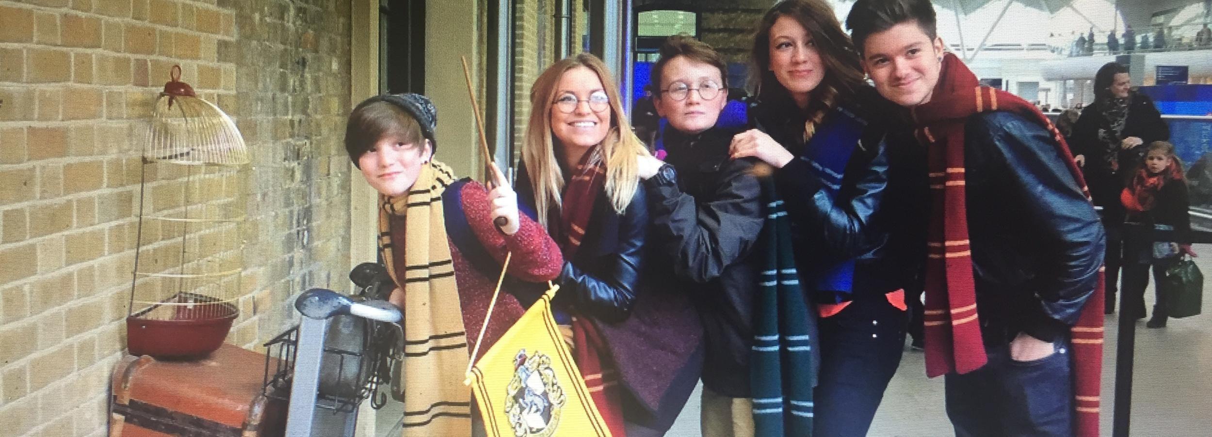 London: Harry Potter & Phantastische Tierwesen mit Gleis 9 ¾