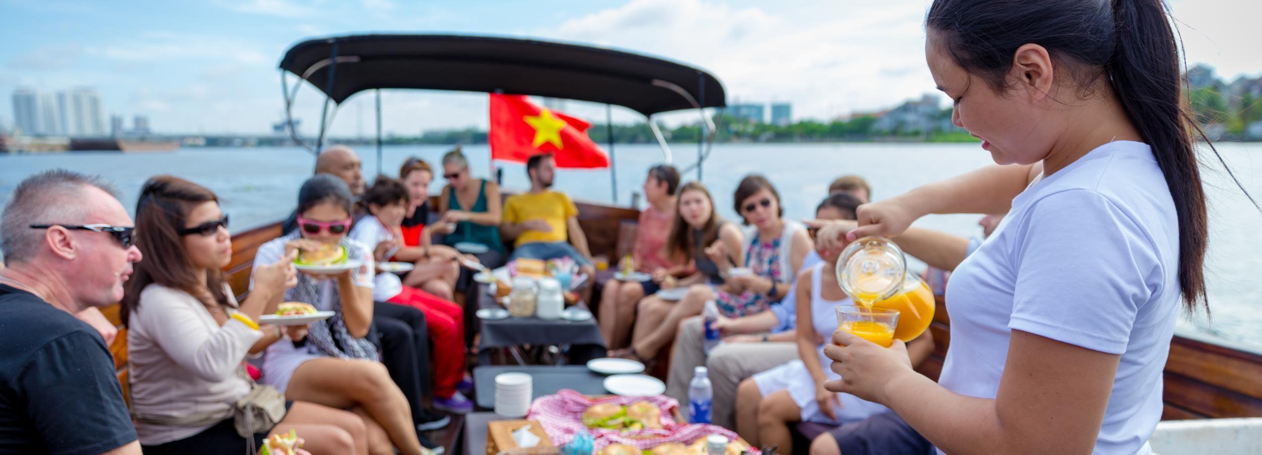 2-Hour Breakfast Cruise along the Saigon River