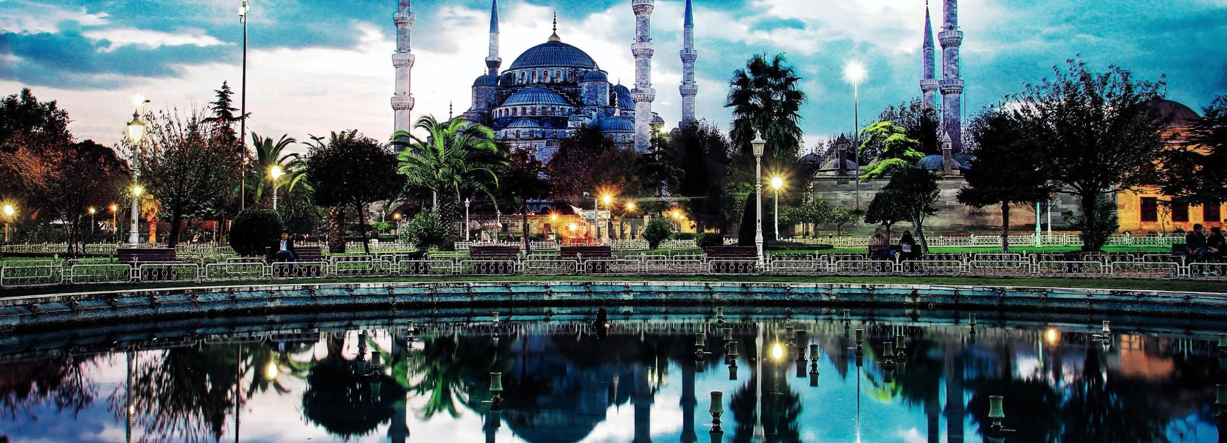 Istanbul: Half Day Morning Walking Tour