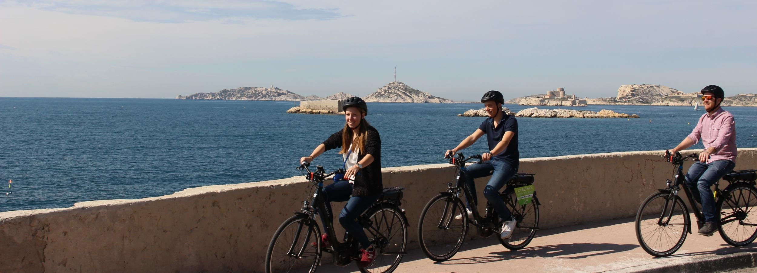 Marseille: E-bike Rental