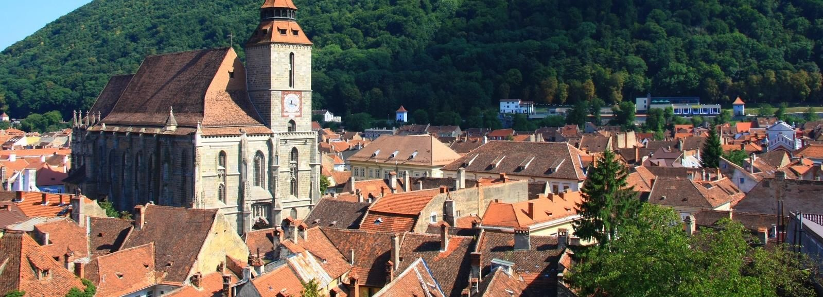 From Sibiu: Day Tour to Brasov and Dracula's Castle