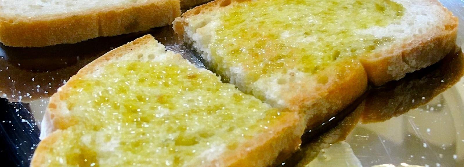 Verkostung von Speisen, Weinen und nativem Olivenöl Extra in Umbrien