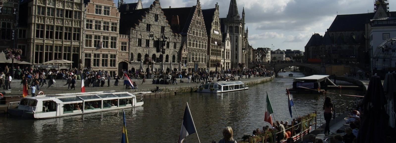 Gante: tour a pie desde el mercado del viernes hasta la catedral