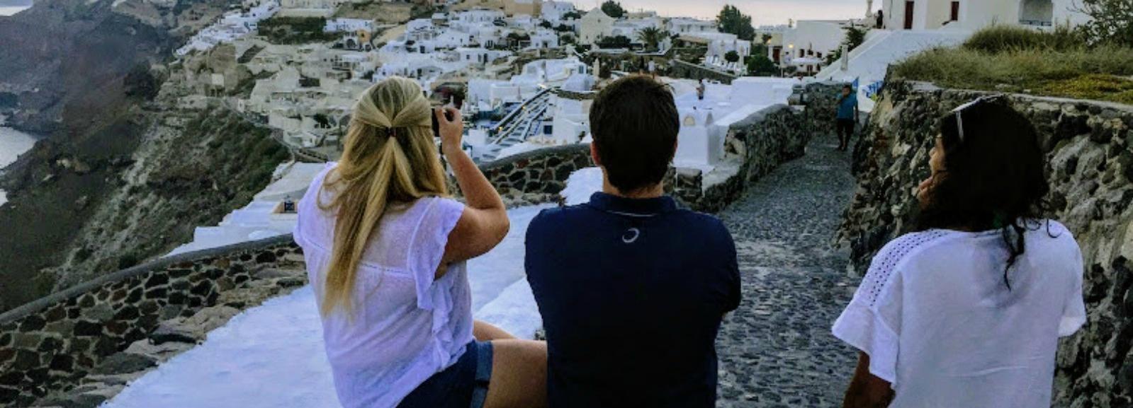 Santorini Small Group Tour with Wine Tasting