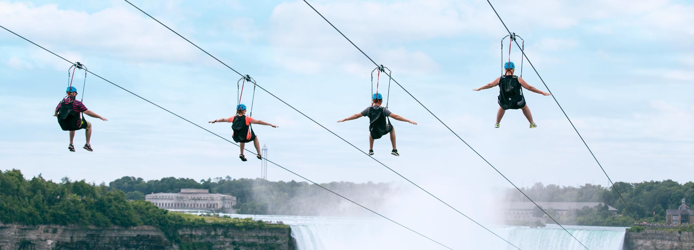 Niagara Falls, Canada: Zipline to The Falls