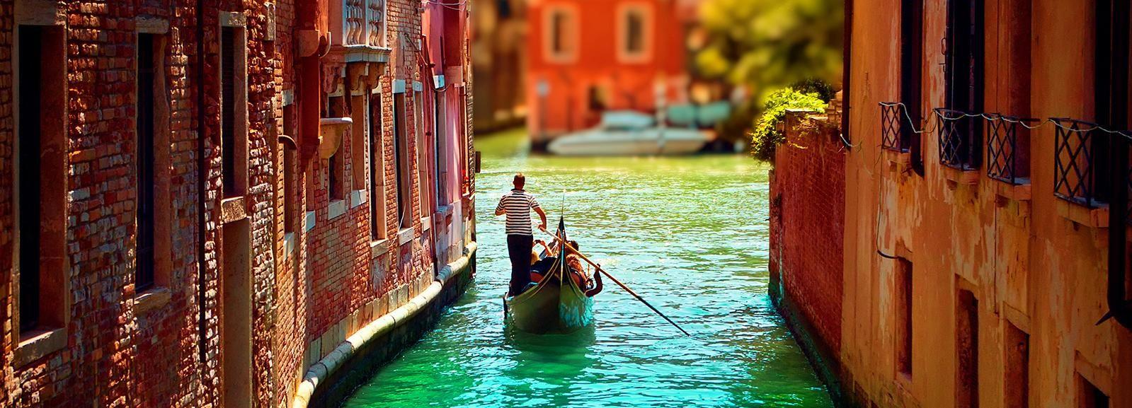 Venezia: tour privato in gondola per massimo 6 persone