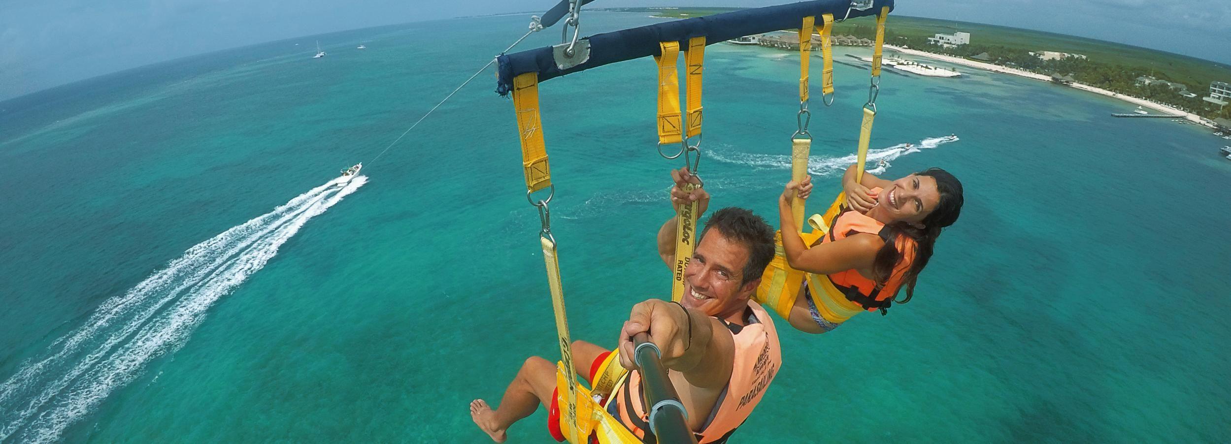 Playa del Carmen: aventura de paravelismo con aperitivos