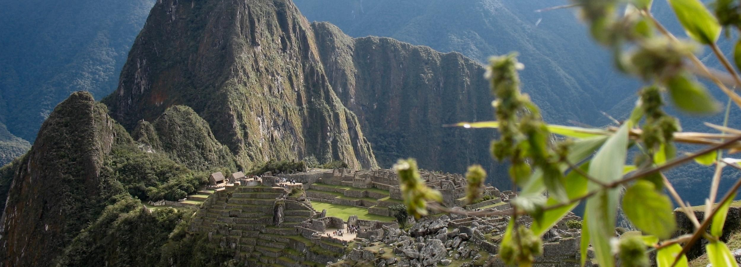 Machu Picchu Small-Group Combo: Entrance Ticket, Bus & Guide