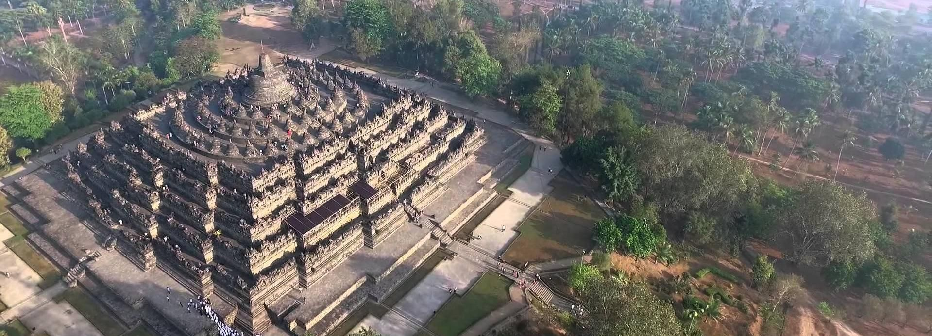 From Bali: Private Yogyakarta Day-Trip with Flight Option