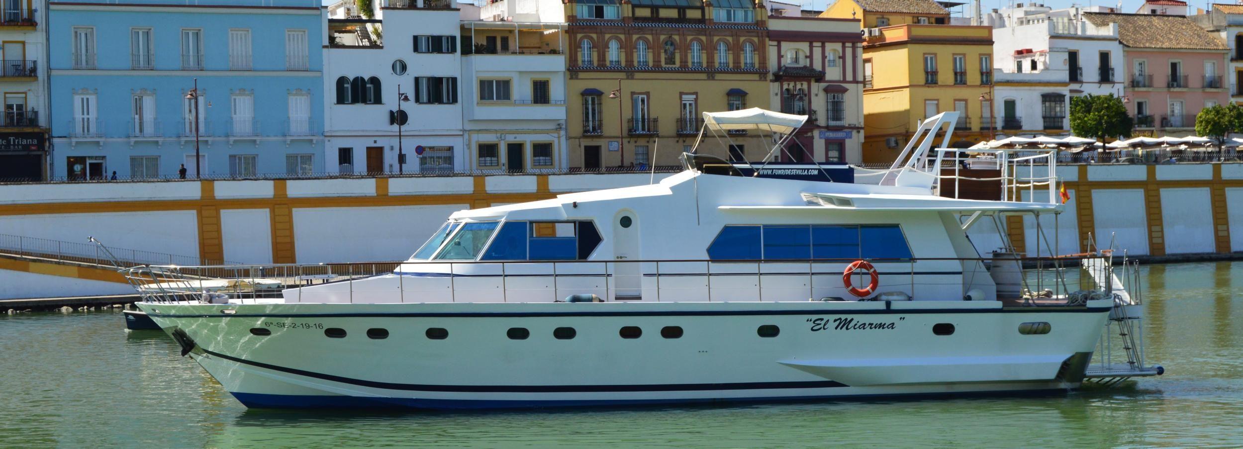 Sevilla: crucero en yate por el Guadalquivir