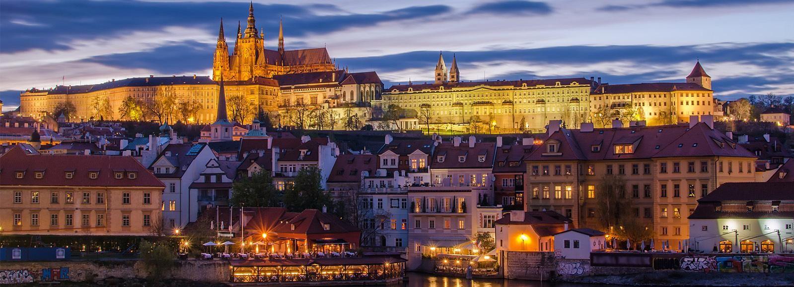 Prag: Abendliche Fototour mit dem Auto