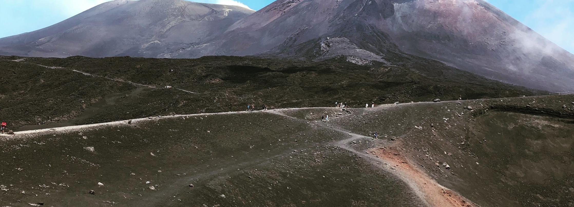 Desde Taormina: Área de la Cumbre del Etna (2900 m), Almuerzo y Alcántara