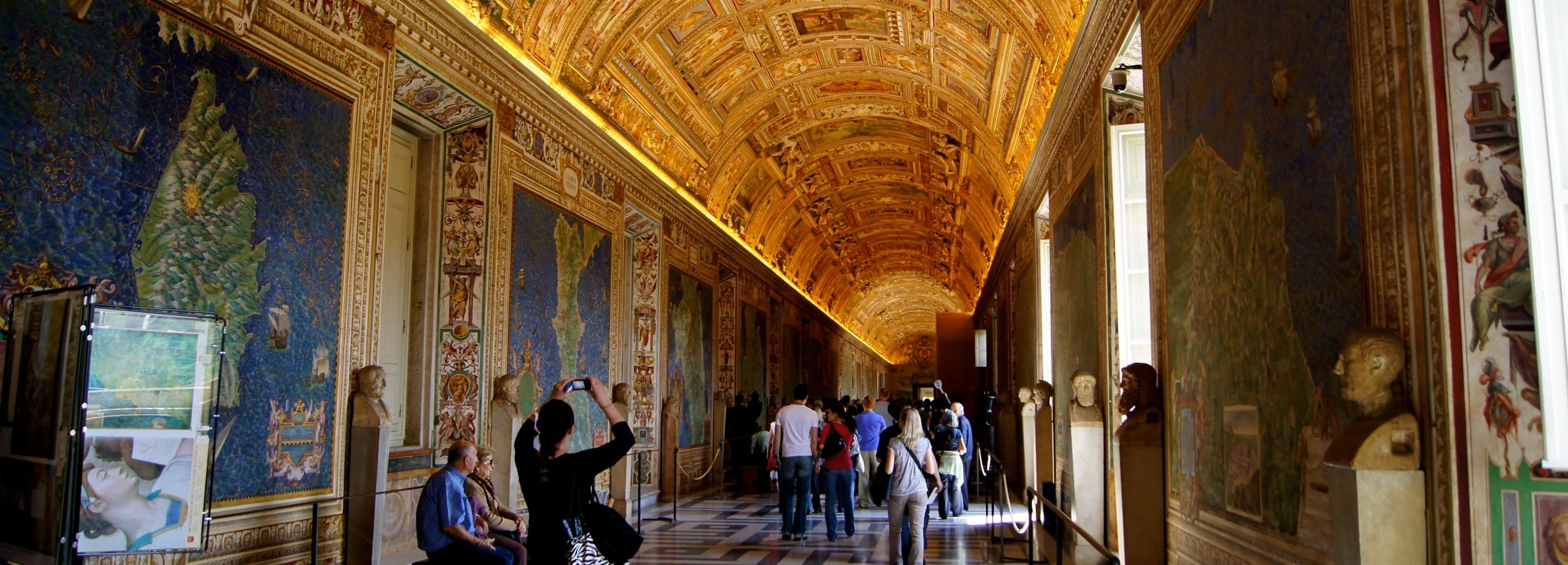 Vatican Wheelchair Accessible Tour with Skip-the-Ticket-Line