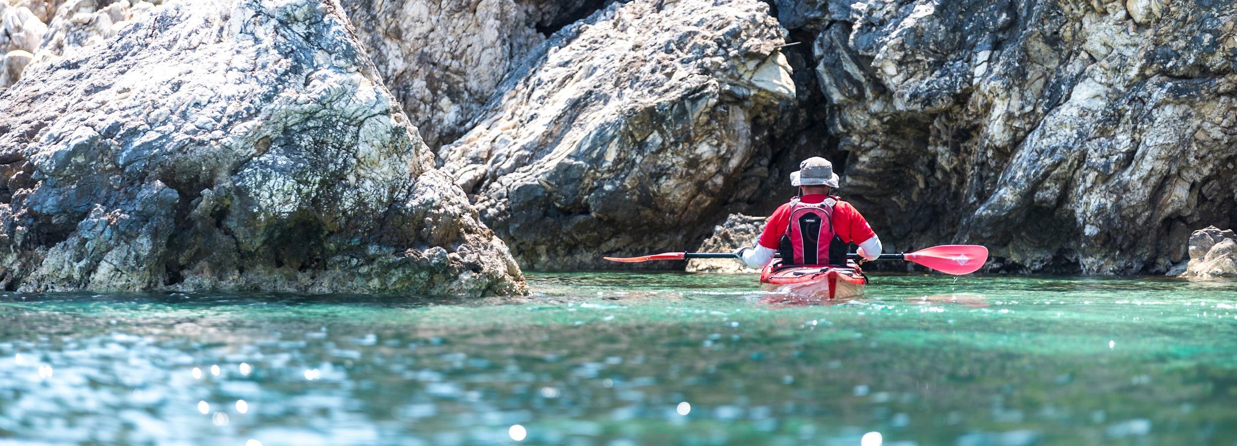 Lefkada: Sea Kayak Experience in the Rouda Bay Sea Caves