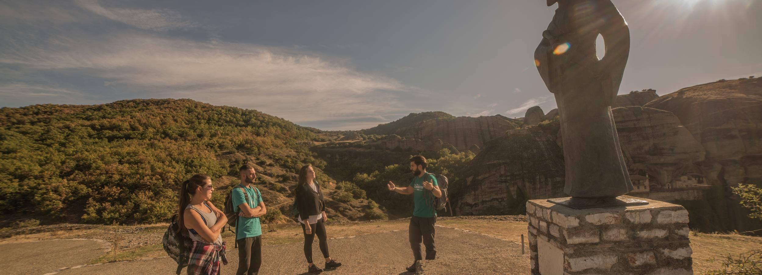 Meteora: Hiking Tour to the Monasteries