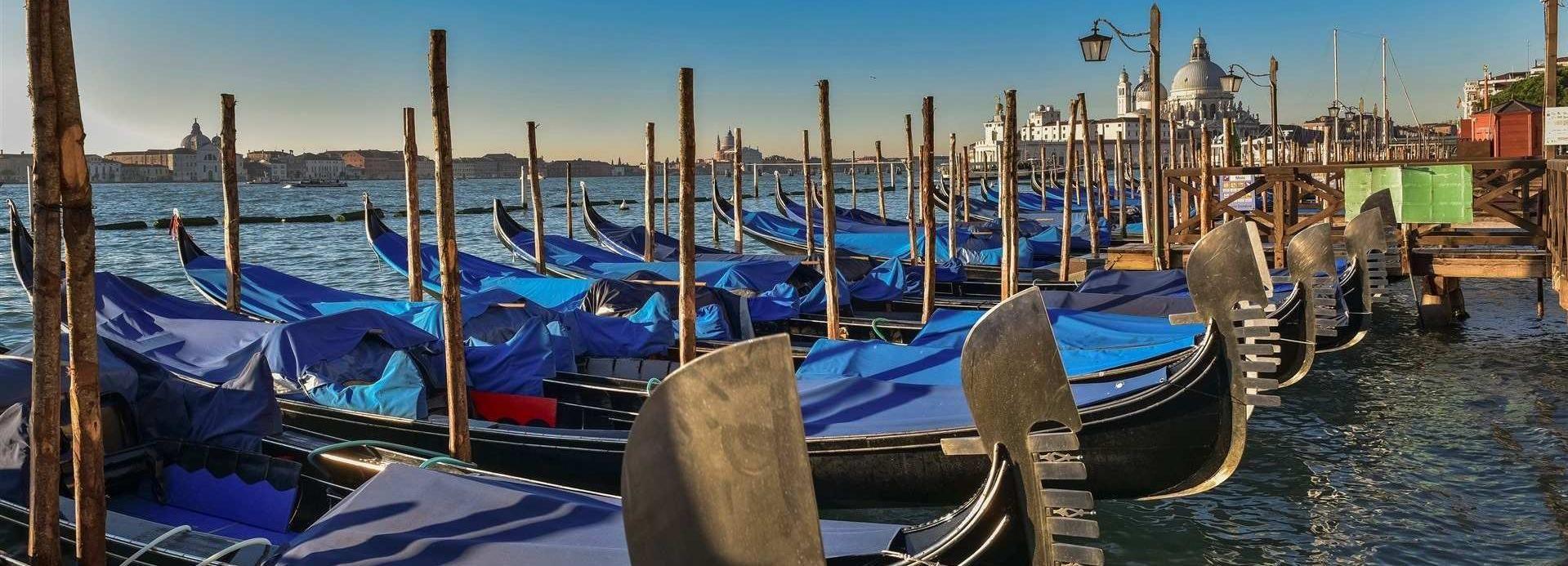 Venedig: Gondelfahrt in Gruppen