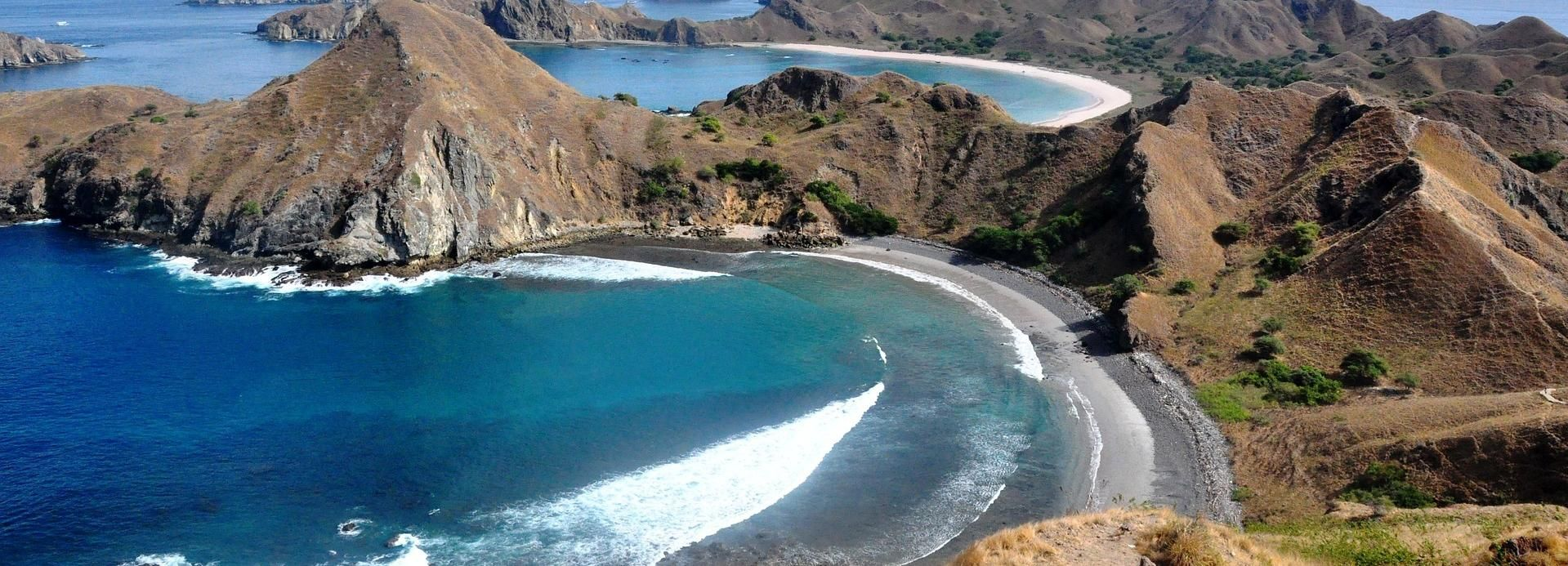 Komodo Island: Private 4–Day Trip with Phinisi Boat & Hotel