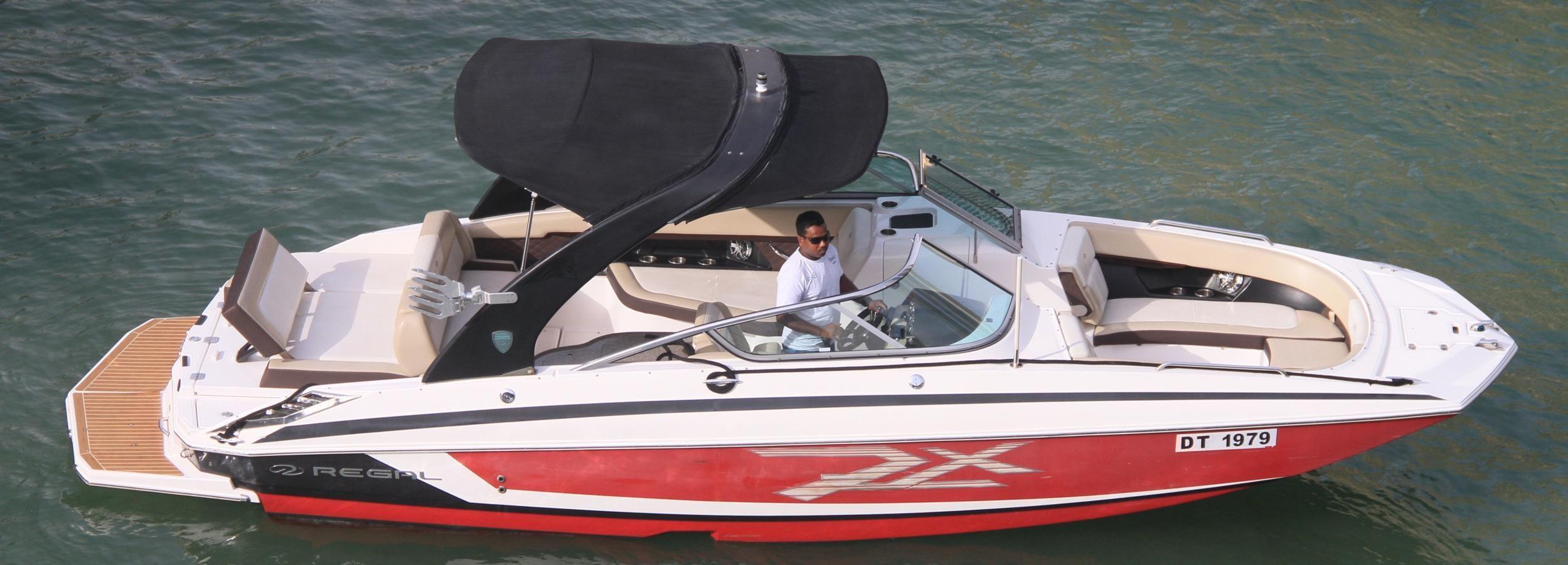 Dubaï: croisière privée en bateau de luxe