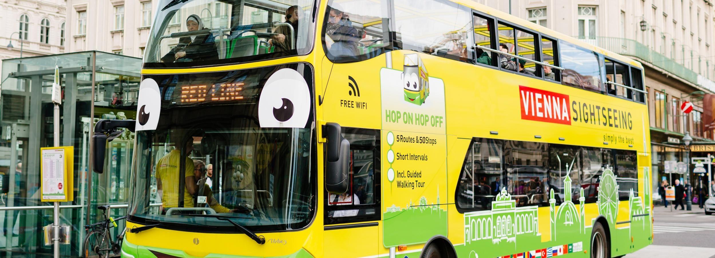 Vienne: bus à arrêts multiples avec visite guidée à pied