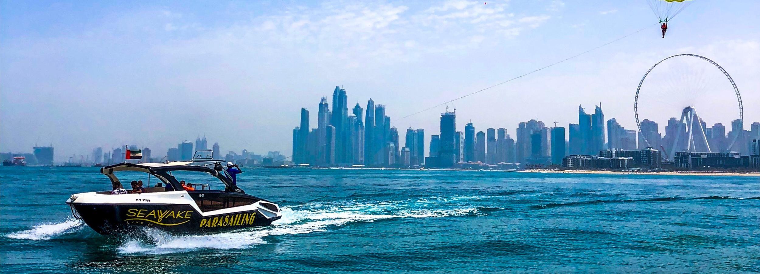 Dubai: avontuur Parasailing & boottocht JBR Beach