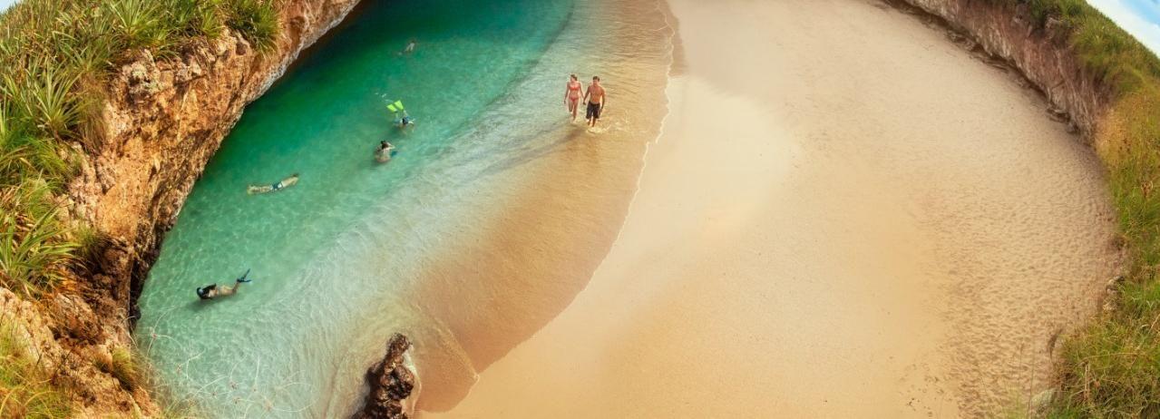 Marieta Islands: Hidden Beach Boat Tour