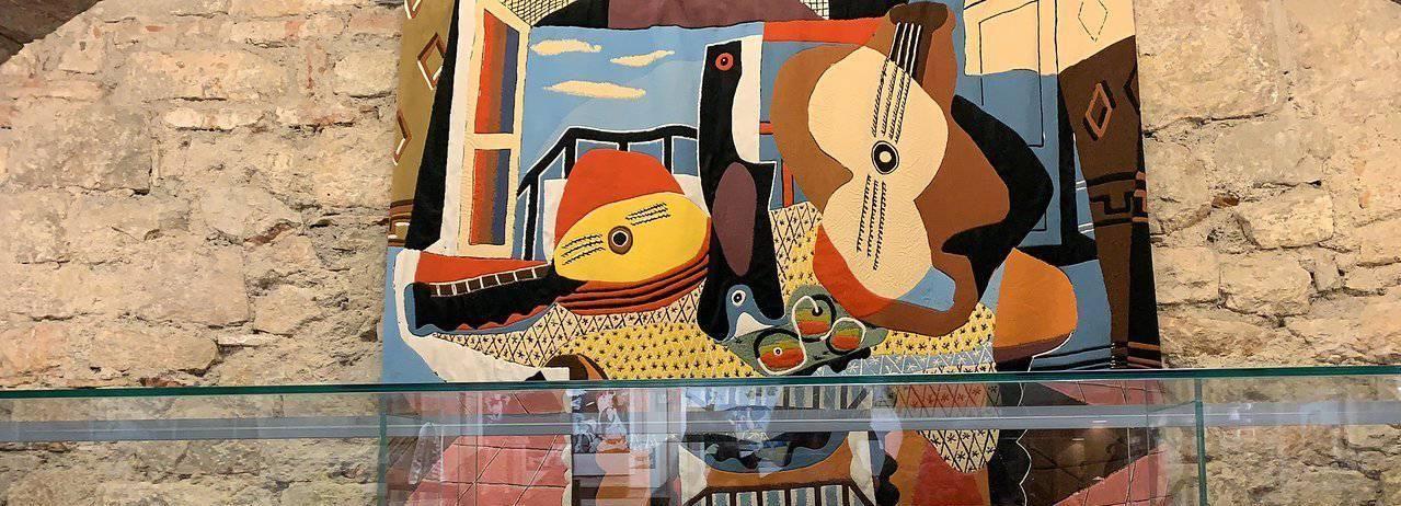 Barcelona: Art, Tapas, & Picasso Museum Walking Tour