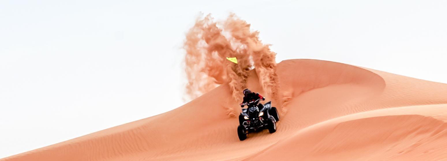 Dubaï: dunes rouges, balade en chameau, sandboard, barbecue