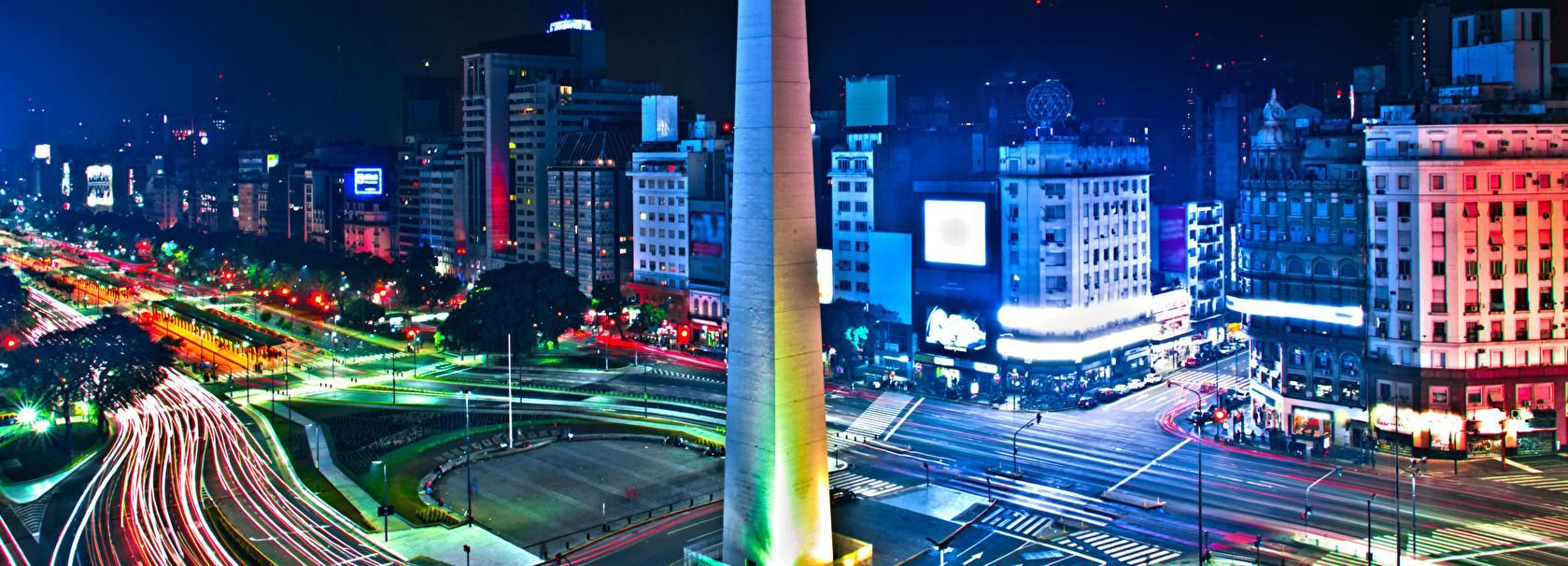 Buenos Aires by Night: Small Group City Tour