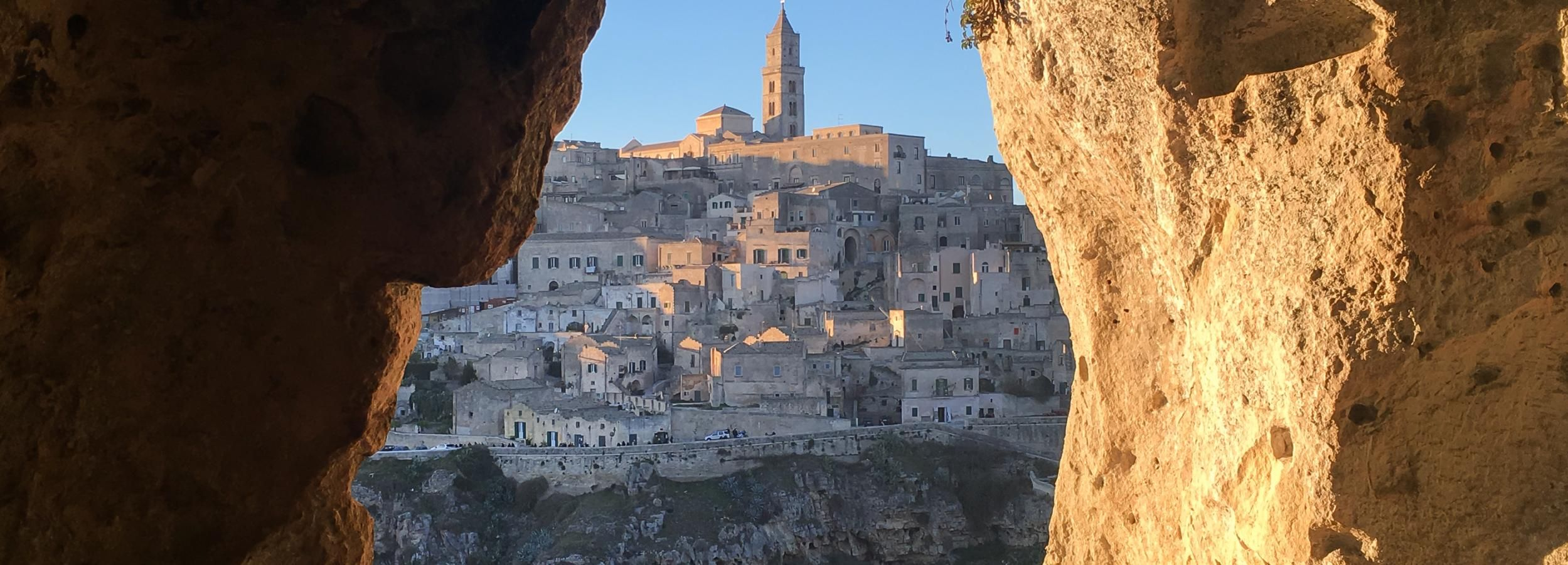 Matera: Guided Cave and Sassi Walking Tour