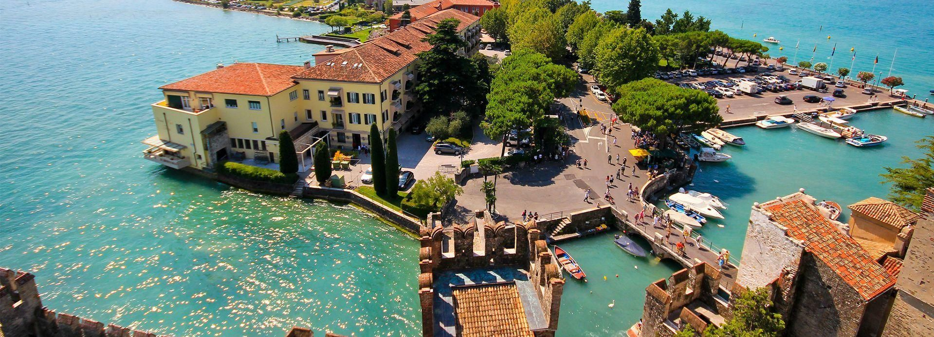 Sirmione: Walking and Speedboat Tour