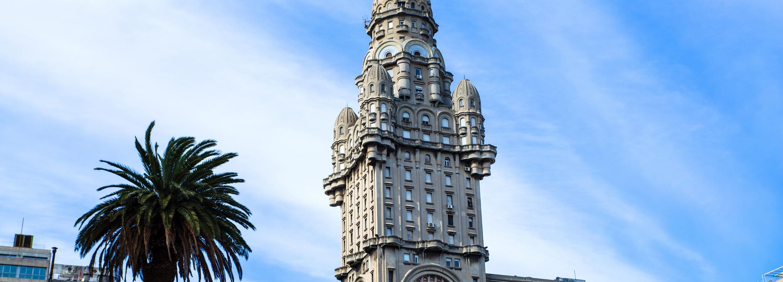 Montevideo: Palacio Salvo Official Ticket with Guided Tour