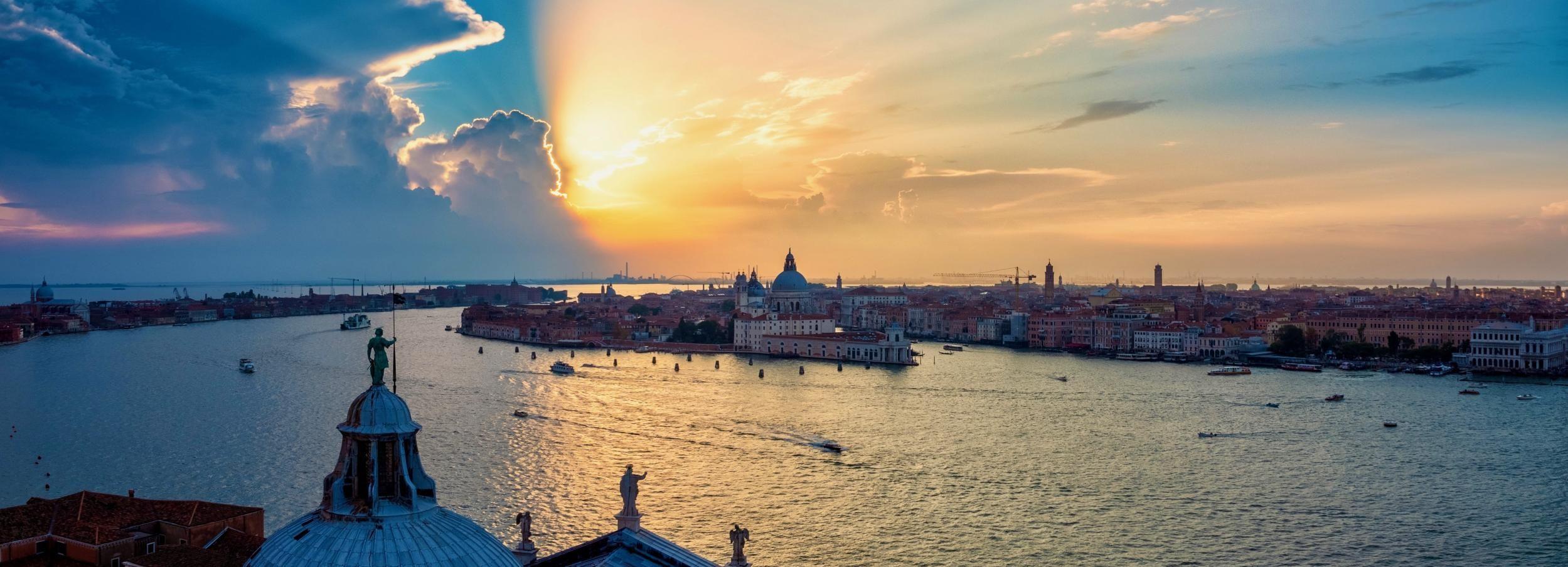 Венеция: панорамный круиз и закат Spritz