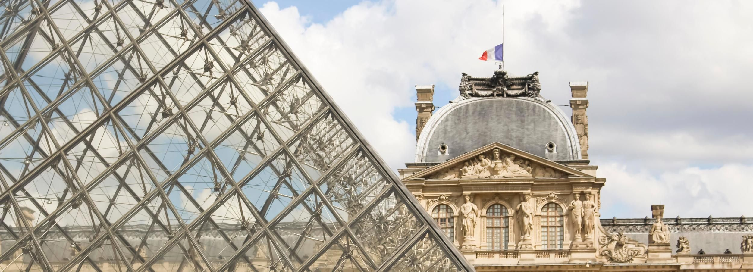 Paris Louvre: 2-Hour Private Tour for Families & Children
