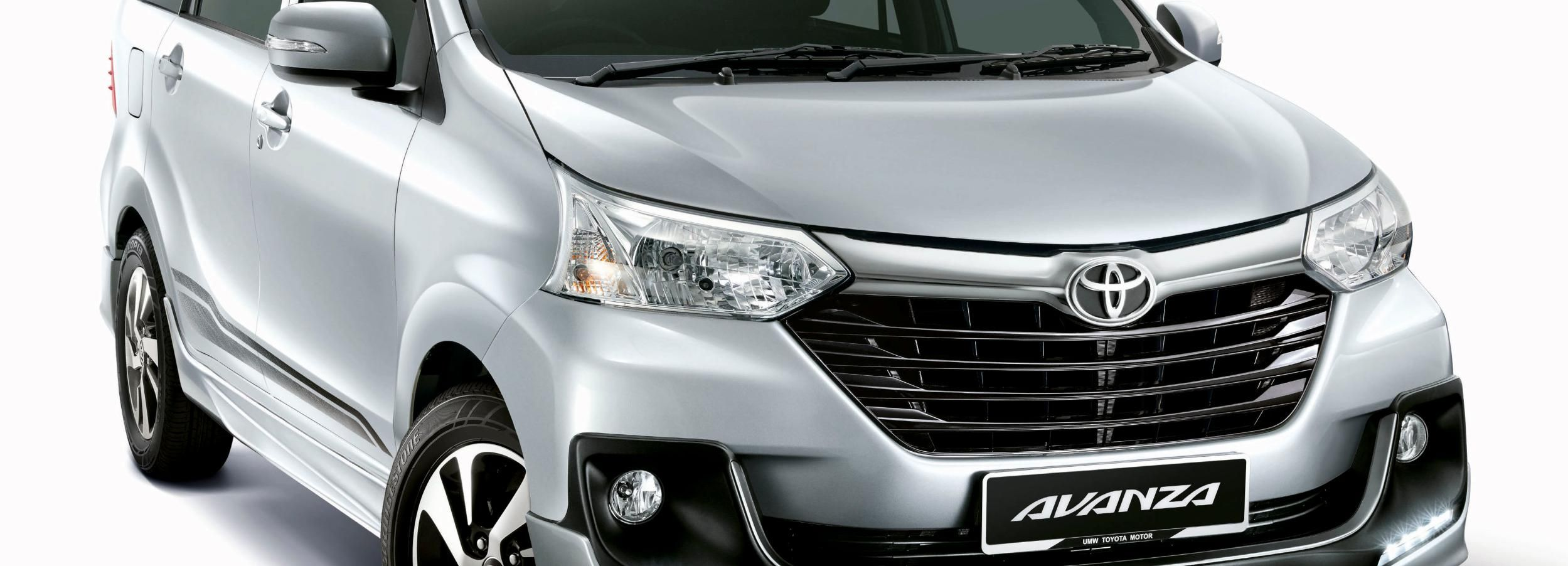Bandung: Private Car or Minivan Charter with Driver